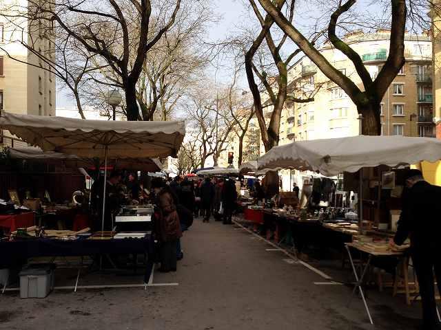 パリ観光ヴァンヴの蚤の市とクリニャンクールの蚤の市をはしご③