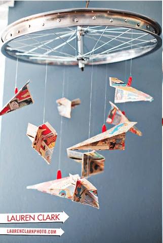 paper plane comic book mobile
