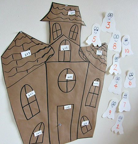 MATHS haunted house math craft