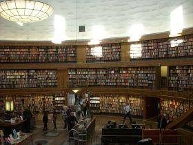 800px-Stadsbiblioteket_2008e