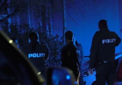 Ballade på Kalundborgvej: 17-årig slog politimand i ansigtet