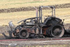 Traktor udbrændt ved Mørkøv