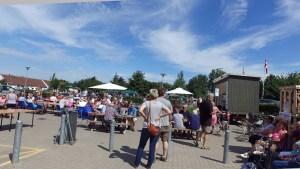 Orø: 450 smurte rundstykker, 950 pølser og 24 kasser øl