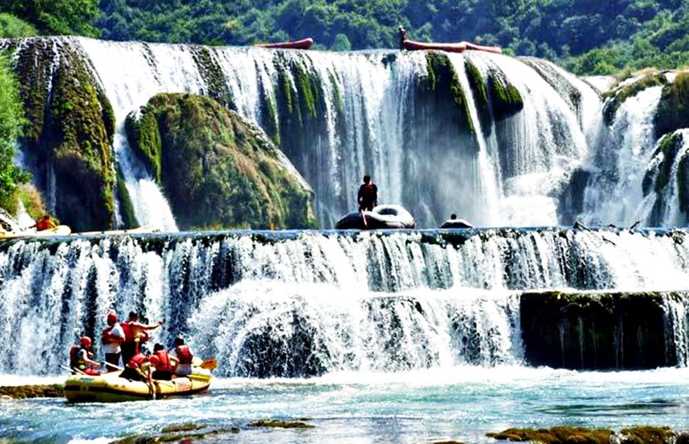 Rafting_Bosnia-and-Herzegovina_2012_2