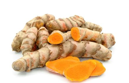 """Why Turmeric is the """"Perfect Painkiller"""" and Fights Inflammation (plus how to absorb it 20x better)"""