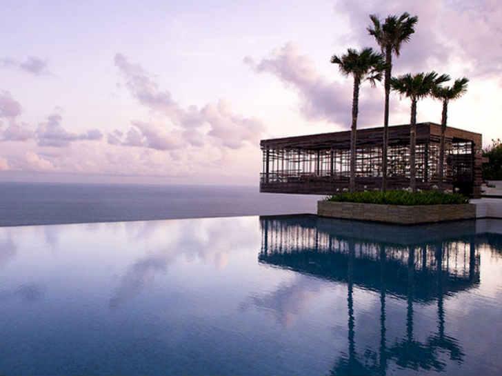 バリ島 高級リゾートホテル