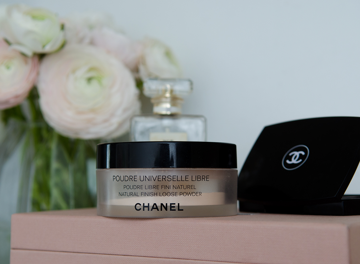 an ode to chanel loose powder holy lipstick a beauty blog. Black Bedroom Furniture Sets. Home Design Ideas