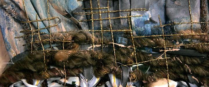 Art textile «Plumes d'Or»