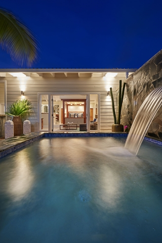serenity-saint-lucia-plunge_pool_butler_suite_pool_night-copy