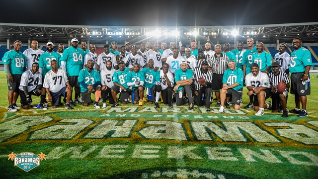 Dolphins Legends with Bahamian Legends at Dan Marino and Friends Bahamas Weekend 2017 (Copy)