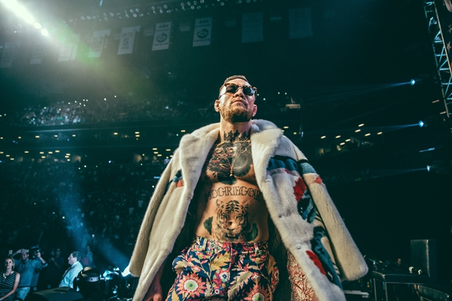 21_McGregor_WorldTour_NY (Copy)photographed by Rosie Cohe SHOWTIME (Copy) HOMBRE Magazine