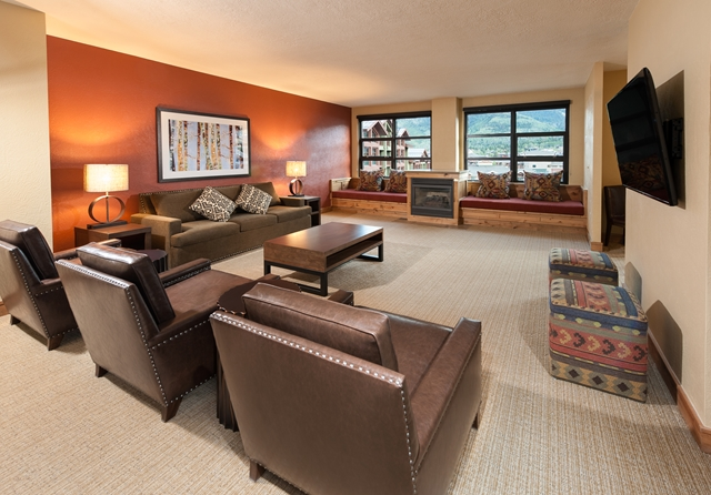 Grand Summit hotel for HOMBRE Magazine Two Bedroom V2 (Copy)