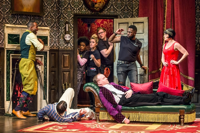 Play that goes Wrong (Copy)