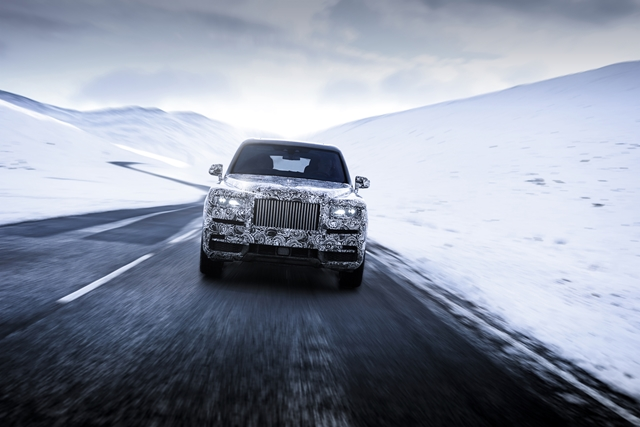 Rolls Royce Cullinan for HOMBRE Magazine RRMC_RR31_Snow_2 (Copy)