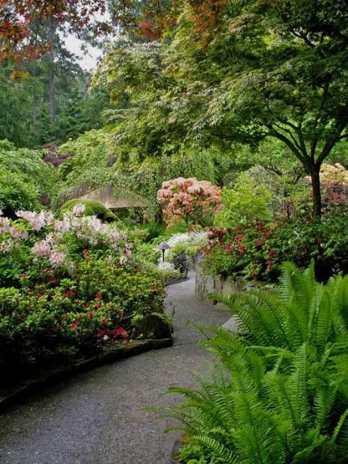 японский сад - гравийная тропинка