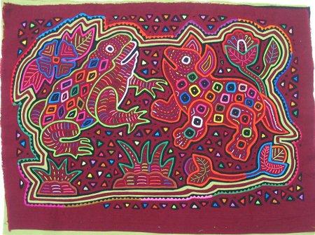 малайский декоративный коврик с вышивкой