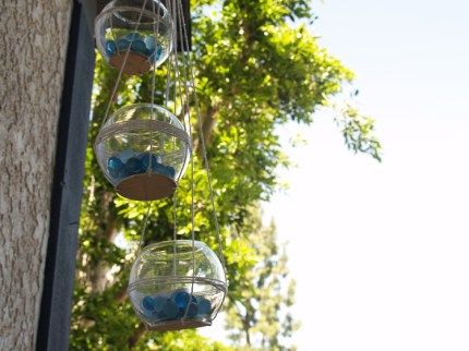 Video: Hanging Tea Light Holders