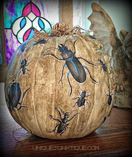 spooky-diorama-pumpkin