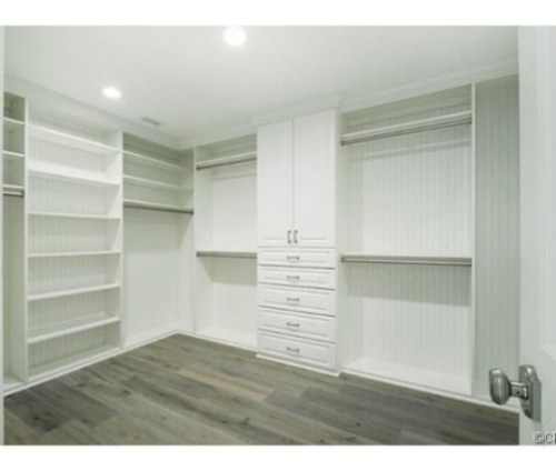 Judd-Apatows-home-closet-bf7977-574x430