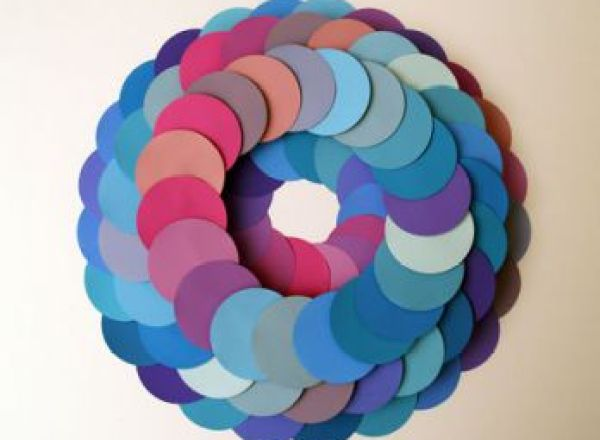 348x279xColored-Paper-Wreath.jpg.pagespeed.ic.9_aWClxCOD