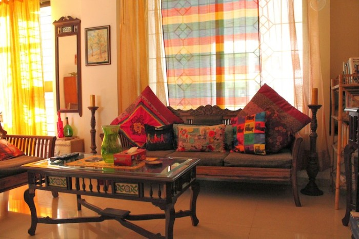 Vibrant indian homes home decor designs for Desi home designs