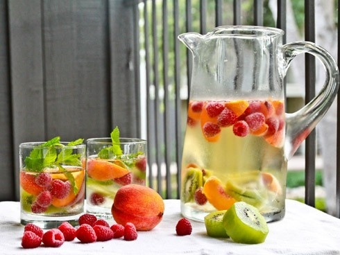 Rasberries, Kiwi and Peach Infused Water