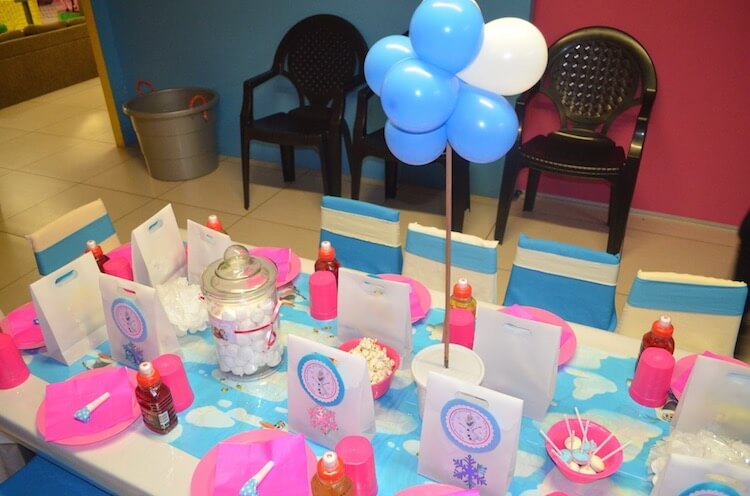 Homemade Parties_DIY Party_Frozen Party_Chelsey03