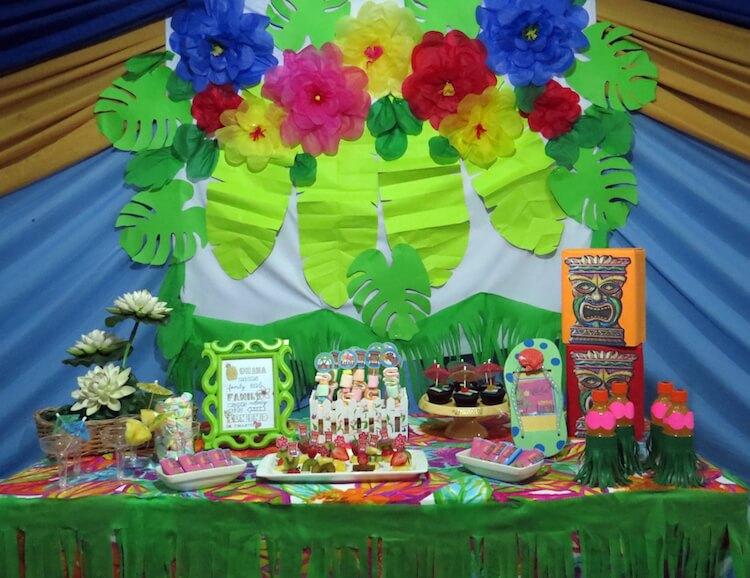 Homemade Parties_DIY Luau Party_Santos13