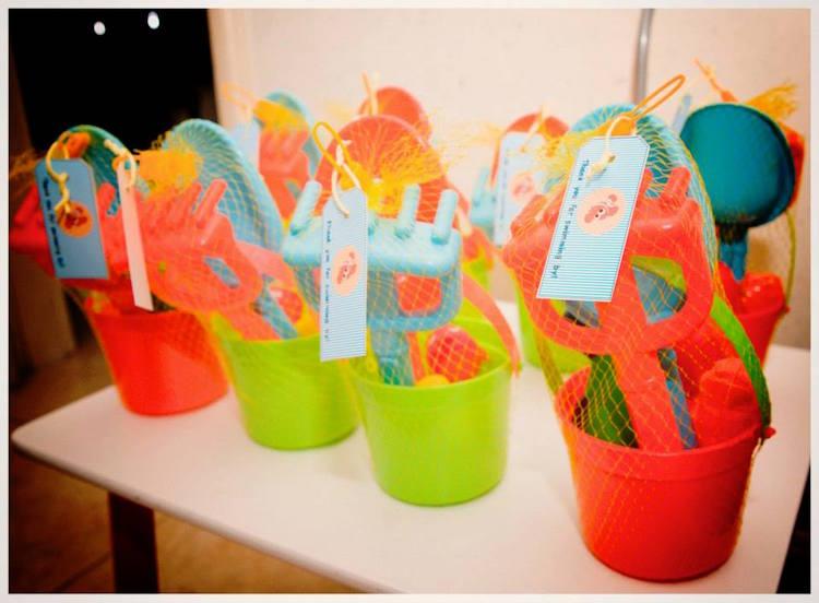 Homemade Parties DIY Finding Nemo Dory _ Russel11