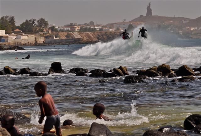 http://www.senegalsurfcamp.fr/Les-spots-de-surf/spot-surf-senegal-dakar-almadies.html