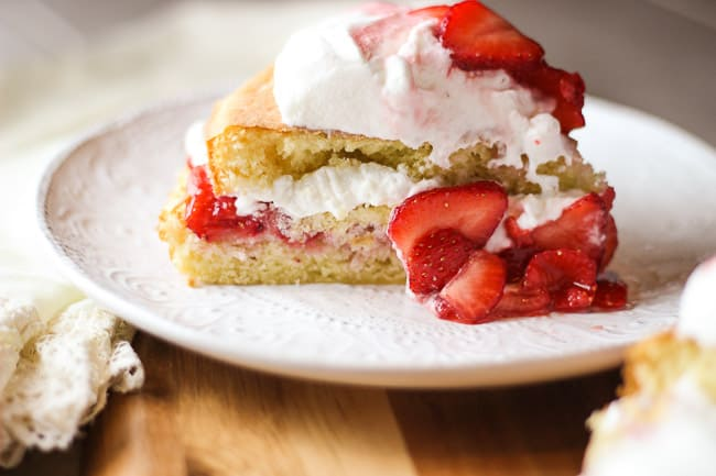 The Best Strawberries and Cream Cake Ever