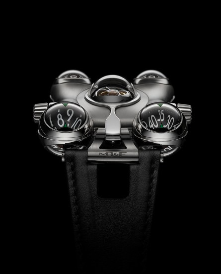 MB & F HM6 Space Pirate