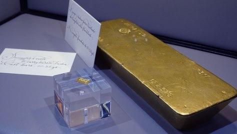 Degussa Colección Rothschild - Lingote Más grande y más pequeño