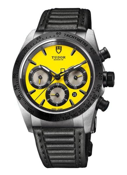 Tudor-Fastrider amarillo