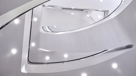 A Lange Sohne Inauguración nuevo edificio - escalera interior