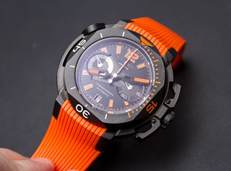 Clerc-Hydroscaphe-Central-Chronograph-5-HorasyMinutos