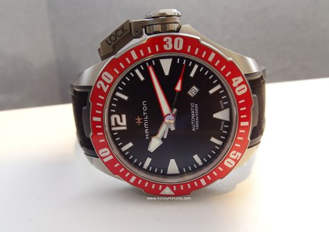 Hamilton-Khaki-Navy-Frogman-46-mm-frontal-Horasyminutos