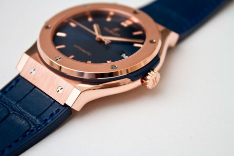 hublot-classic-fusion-blue-king-gold-3-horasyminutos