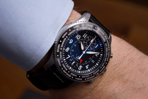 IWC-Pilots-Watch-Timezoner-Chronograph-12-HorasyMinutos