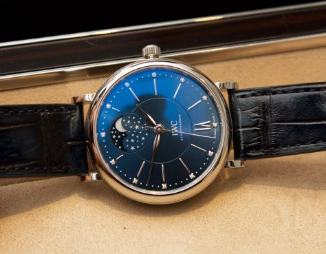 IWC-Portofino-Automatic-Moon-Phase-Edition-Laureus-Sport-for-Good-Foundation-7-Horasyminutos