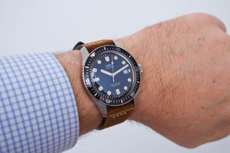 Oris-Sixty-Five-42-mm-5-Horasyminutos