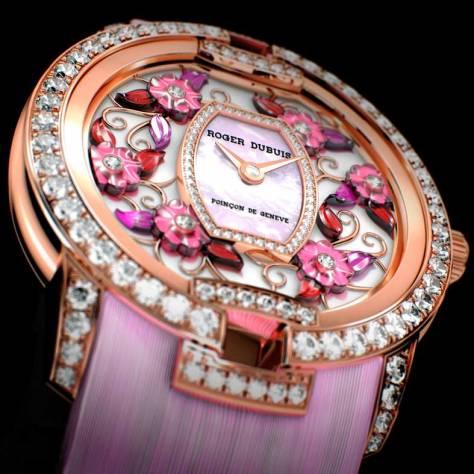 Roger Dubuis Blossom Velvet Pink detalle