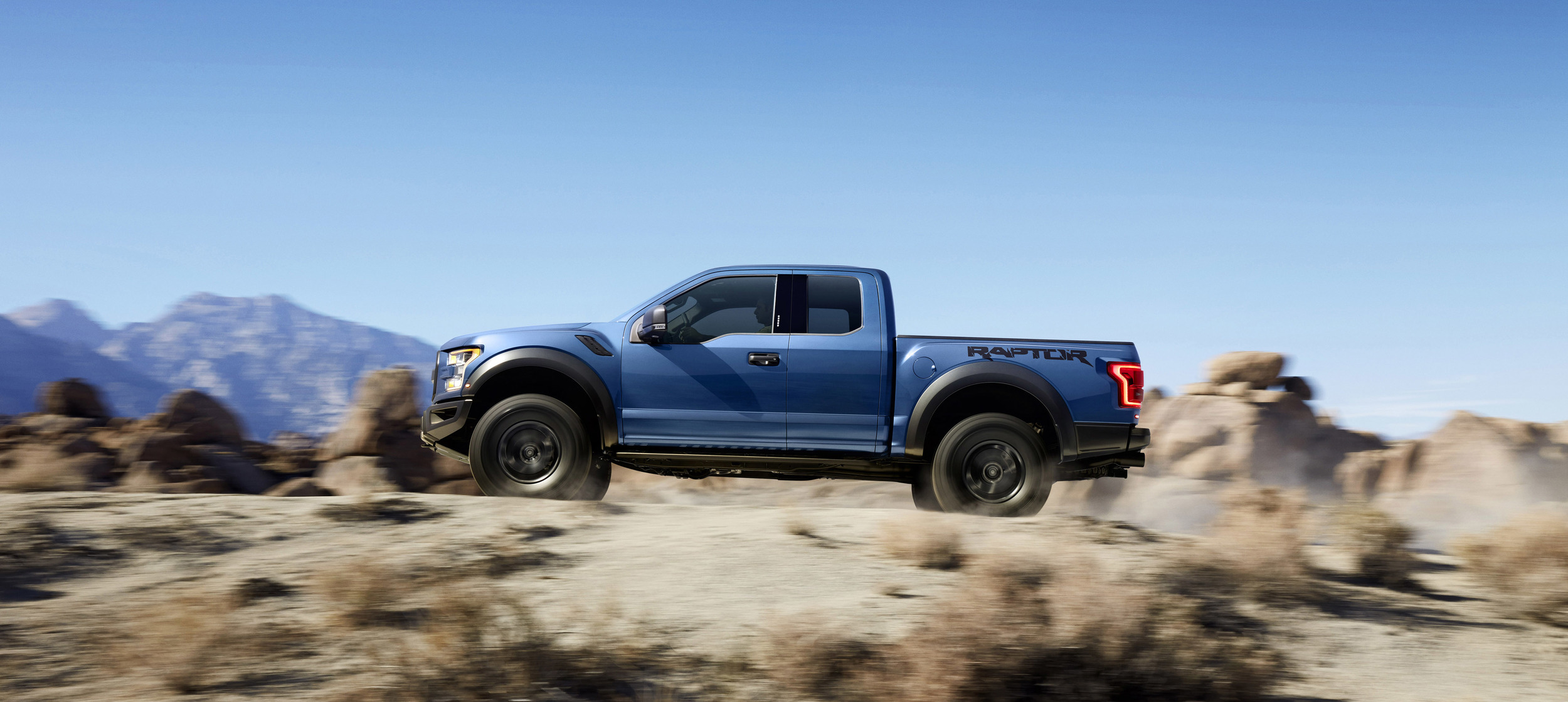 005-ford-f150-raptor-1 | HorsepowerKings.com