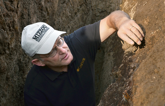 Randal Miles, an associate professor of soil science at the University of Missouri School of Natural Resources, says the inadequate, dry soil is hurting farmers. Photo: Univesity of Missouri