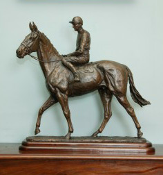 The Arkle Maquette which will be auctioned for charity on May 1.