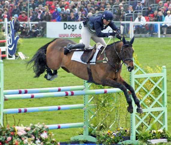 Pippa Funnell (GBR) and Billy Beware