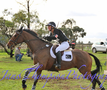 New Zealand team member Maddy Crowe and Brogan. © Jane Thompson