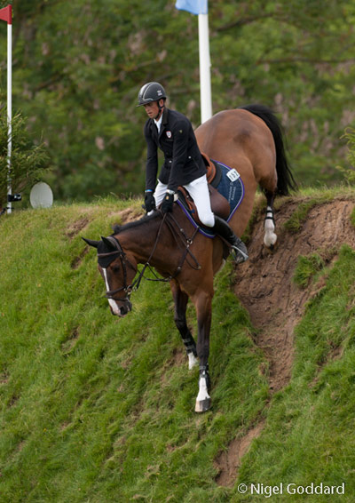 Trevor Breen and Adventure De Kannan going down the Derby Bank. © Nigel Goddard/ KSDigital PhotographyPhotography