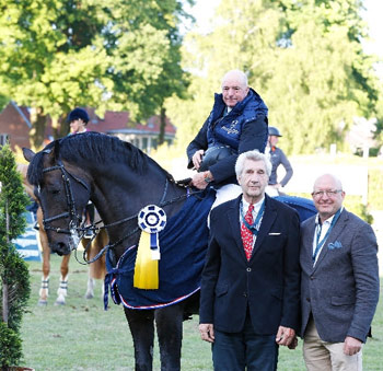John Whitaker and  Argento, with Claus Meyer and Volker.