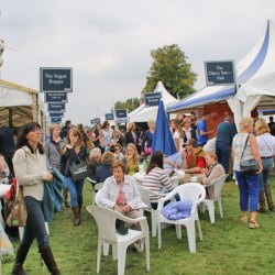 burghley-crowd